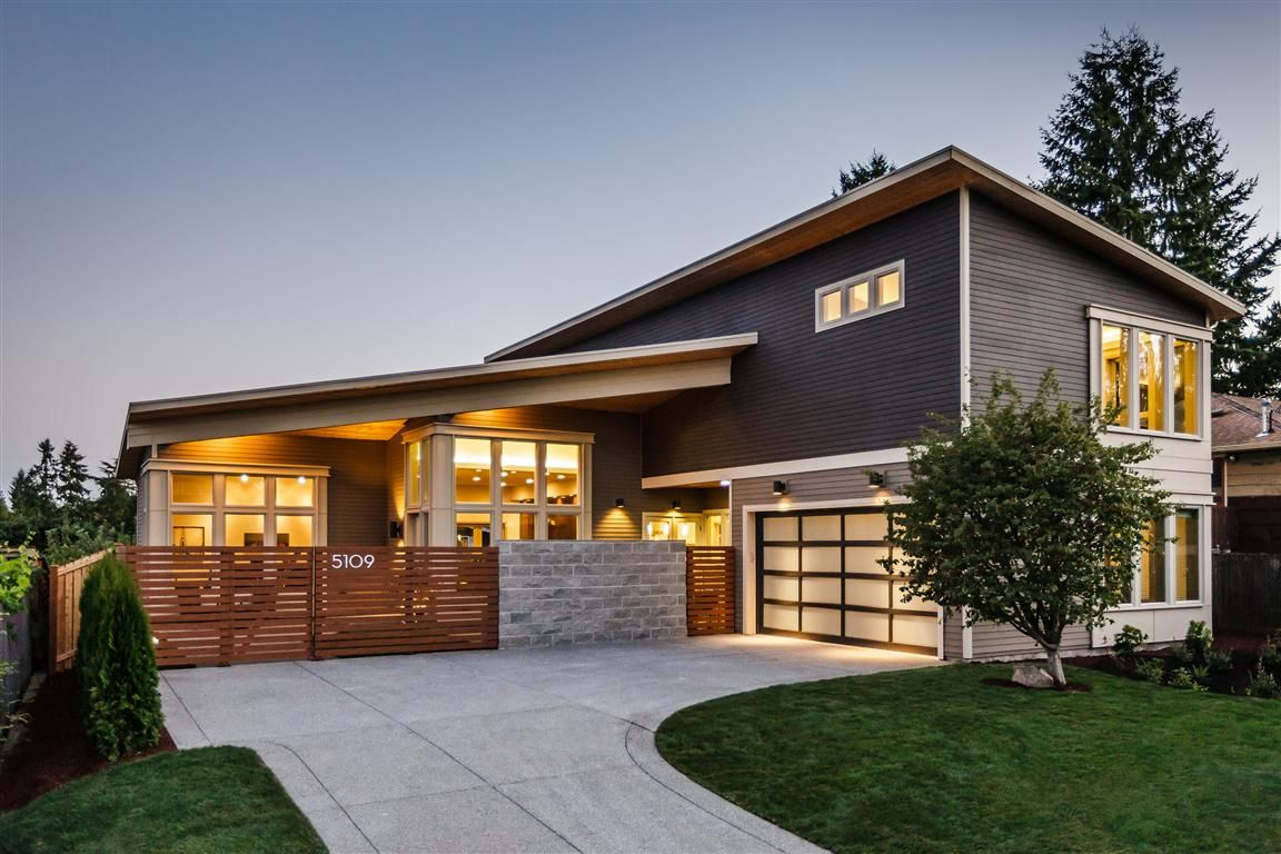 House with a modern horizontal wood fence