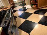 Какой линолеум выбрать для кухни – Как выбрать линолеум для кухни