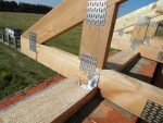 Монтаж стропильных балок – Как крепить стропила к балкам перекрытия: подробная информация